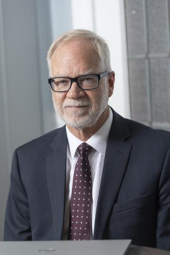 Dr. Walter J DeBoer